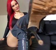 Lutsch meine Heels Sklave8