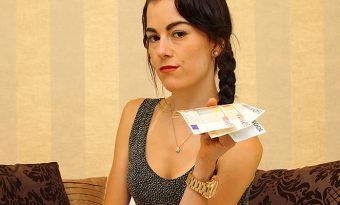 cashmoneygirls-adriana-01-1
